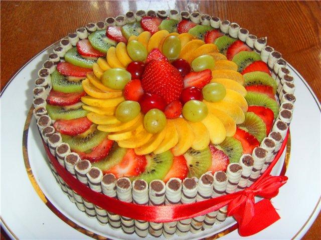 Украсить торт своими руками фруктами